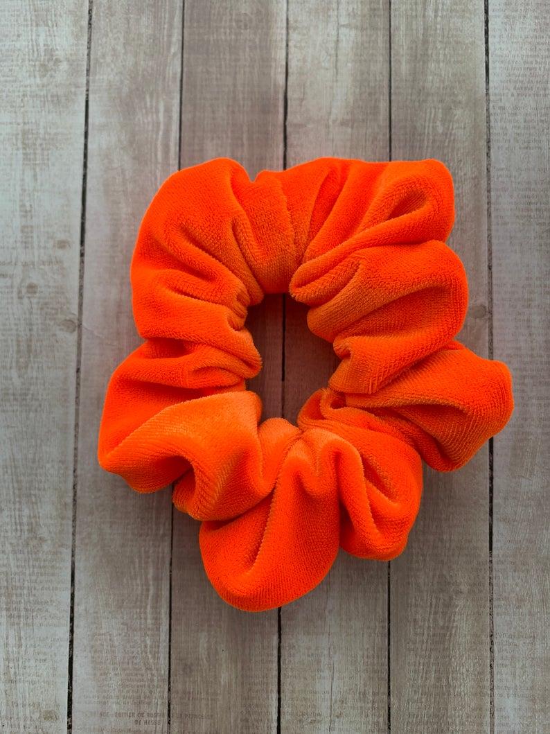 90s Scrunchie Hairstyles: Neon Orange Velvet Scrunchie,