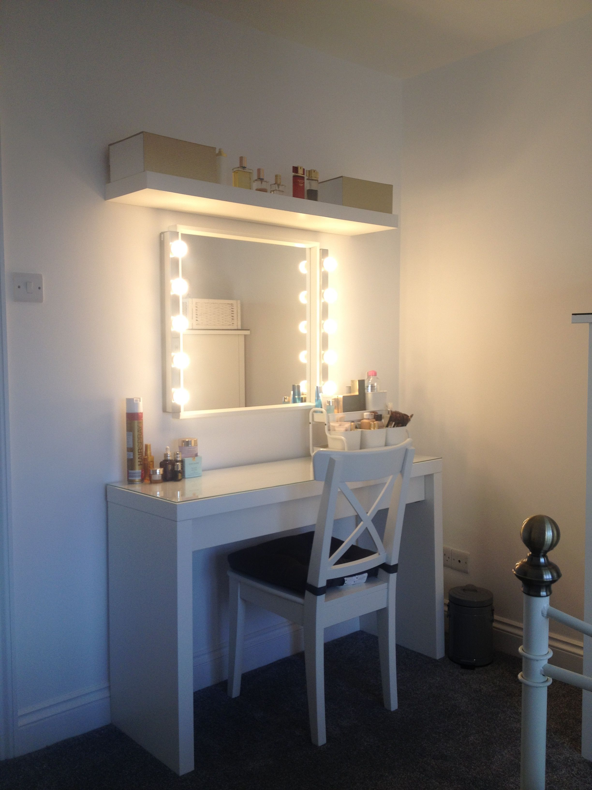 Kaptafel Spiegel Met Verlichting Ikea.Ikea Malm Dressing Table Love My New Make Up Station