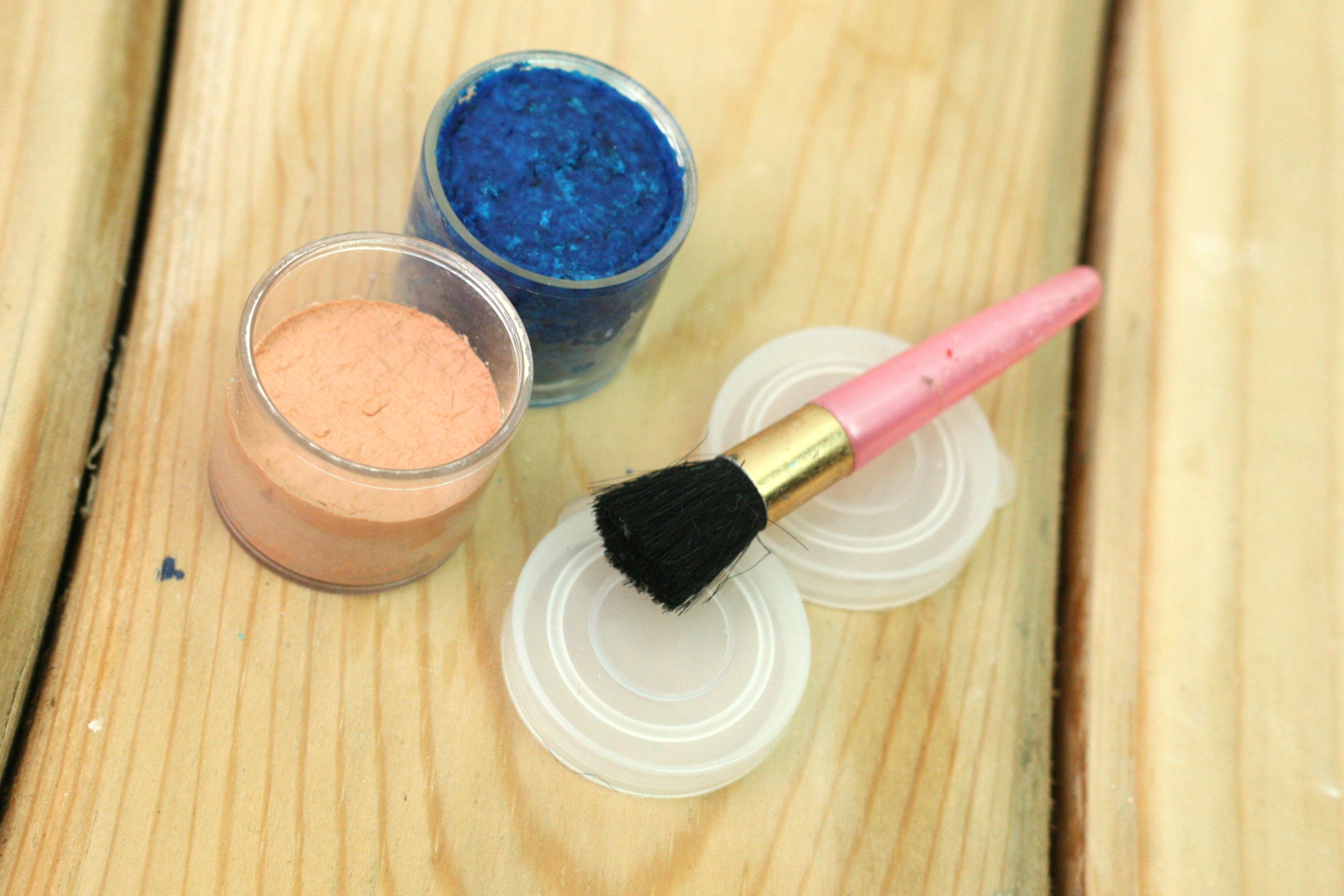 Make Eyeshadow at Home How to make eyeshadow, Diy