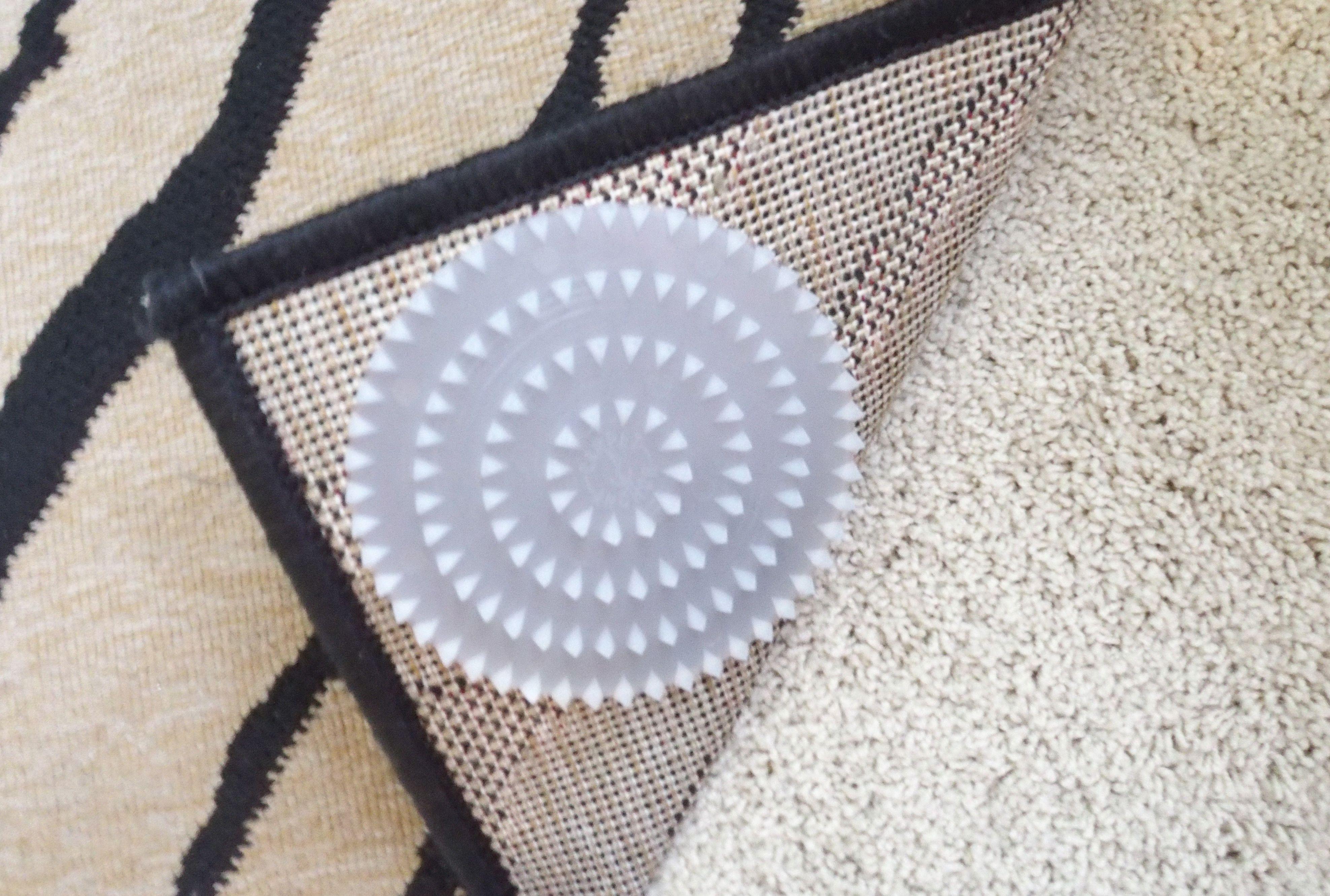 Carpet anchor rug on carpet antislip pads want need