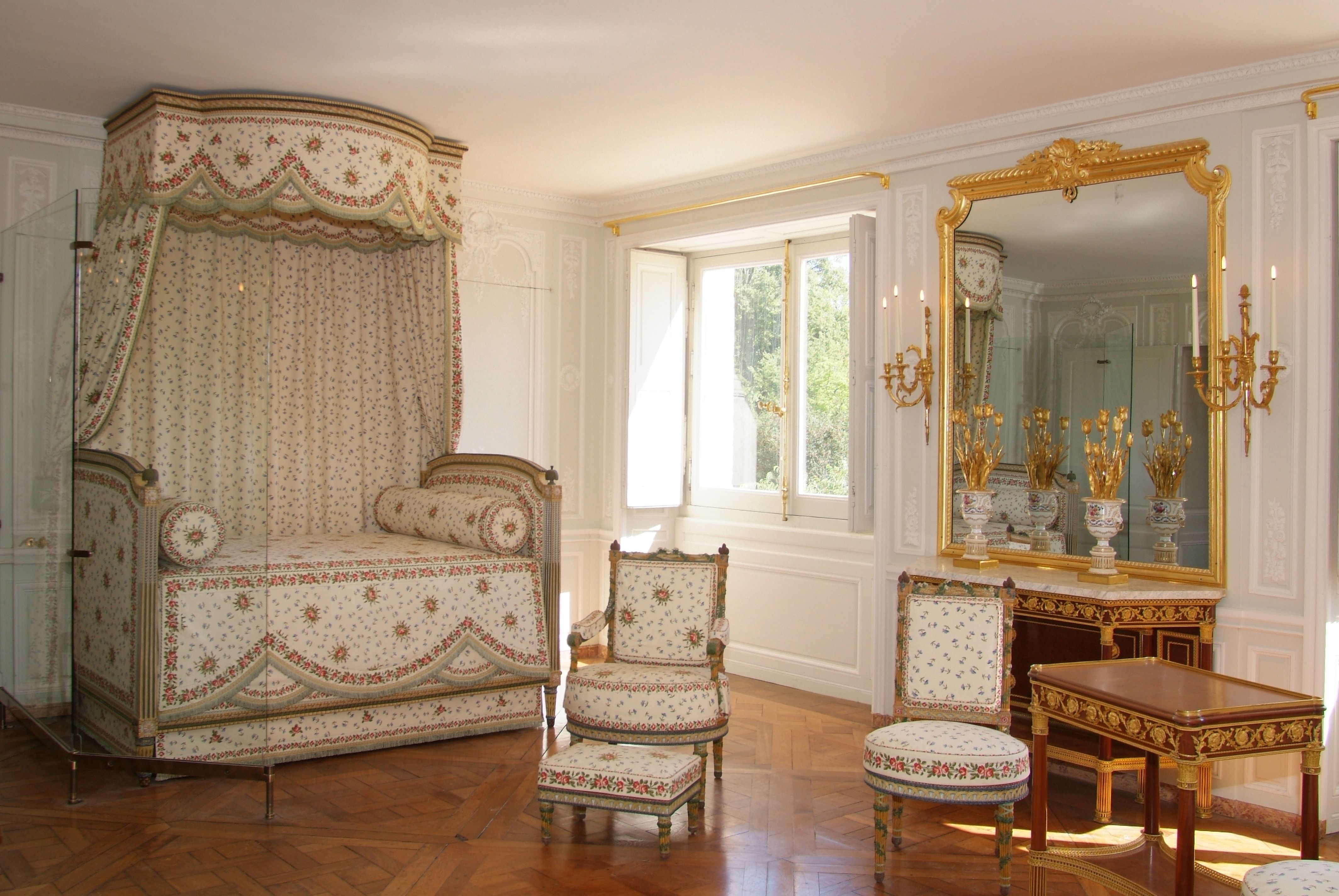 Marie Antoinette Inspired Bedroom Bed Cornices Thistles French Revolution And Peonies
