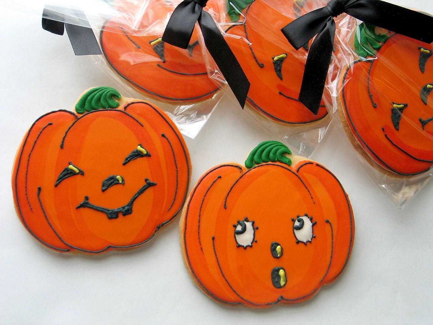 Pin by Pamela Lee on October Is All About Me Pinterest Halloween - Halloween Decorated Cookies