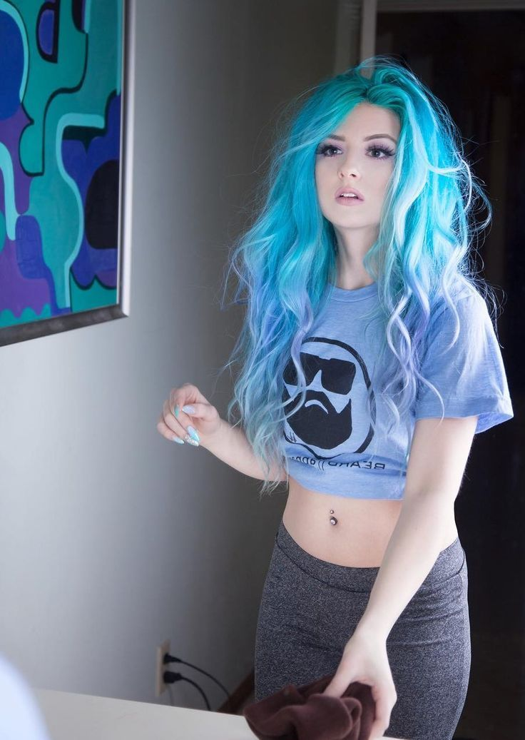 35 Awesome Scene Hair Ideas To Try Right Now Cool Hair Color Scene Hair Colors Black Scene Hair