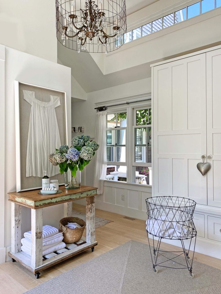 Stunning Classic Cape Cod Home Inspiring Home Tour Cape Cod House Home Classic Cape