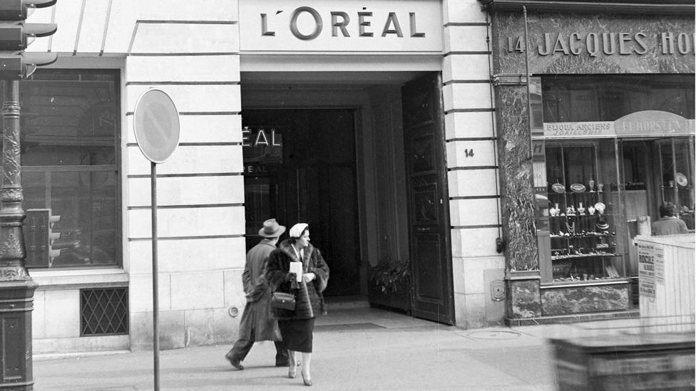 L Oreal S History 1957 1983 The Road To The Grand L Oreal In Recognition Of Its Spectacular Yet Sound Development L Oreal Professionnel Loreal Paris Loreal