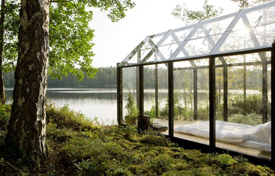 Gläsernes Gartenhaus