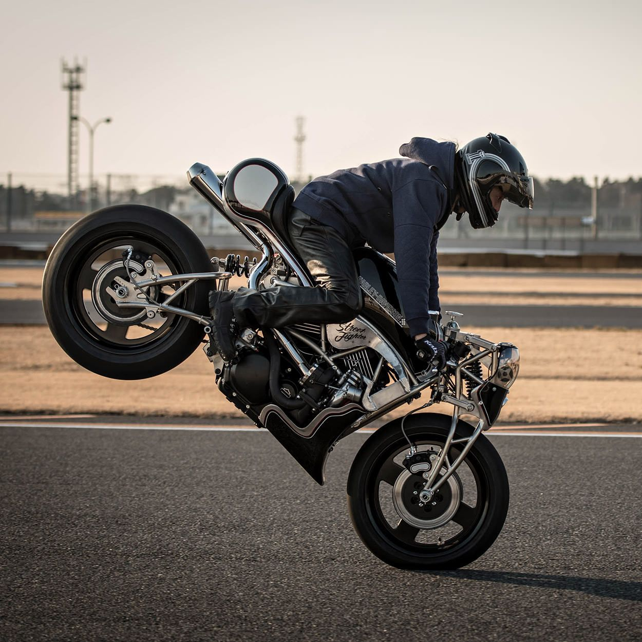 Harley Fxr Turbo: Masters At Work: Harley-Davidson Street Build Off, Japan