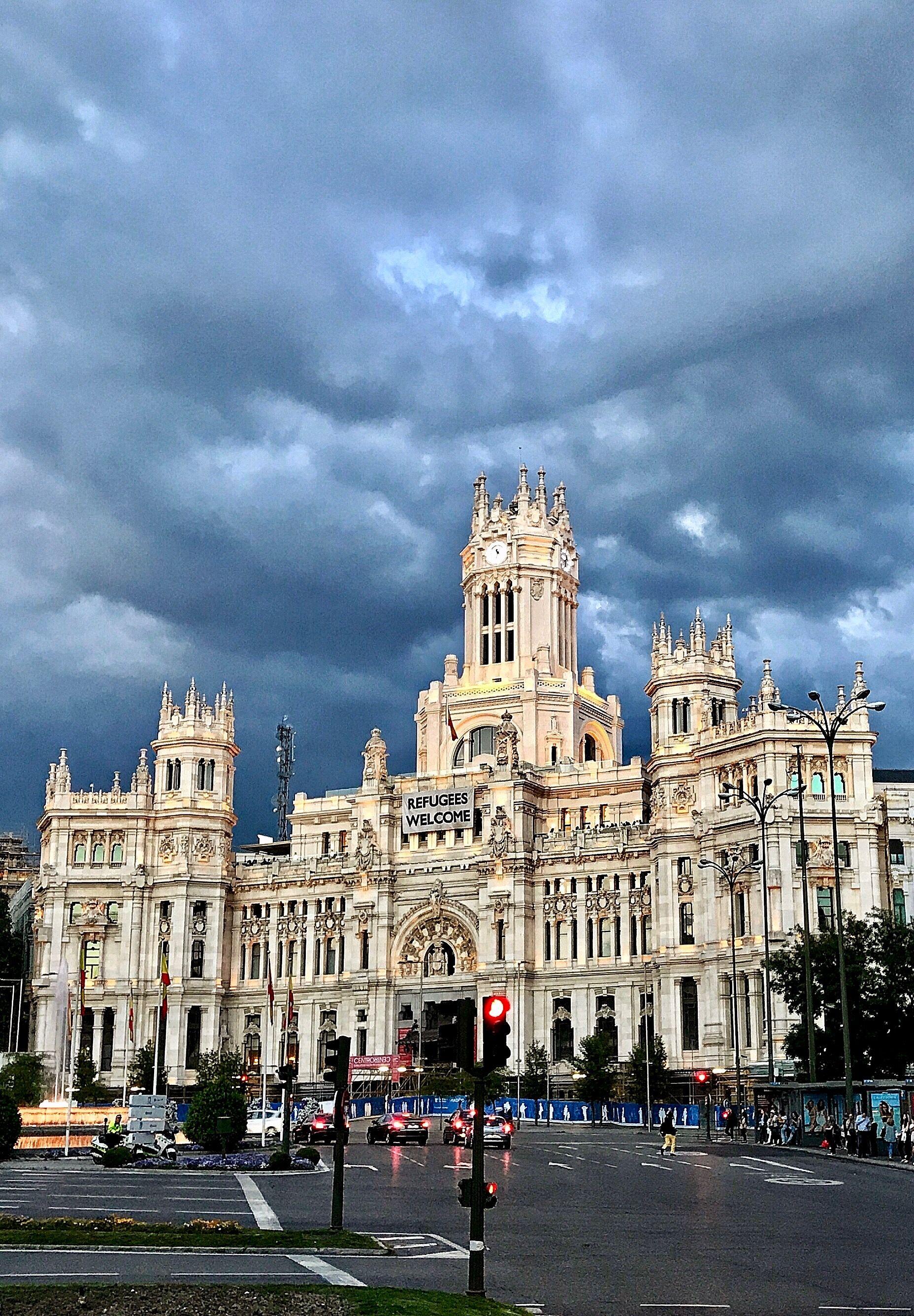 Palacio De Cibeles Madrid City Hall Foto By Cast Cibeles Madrid Monumentos Paisajes