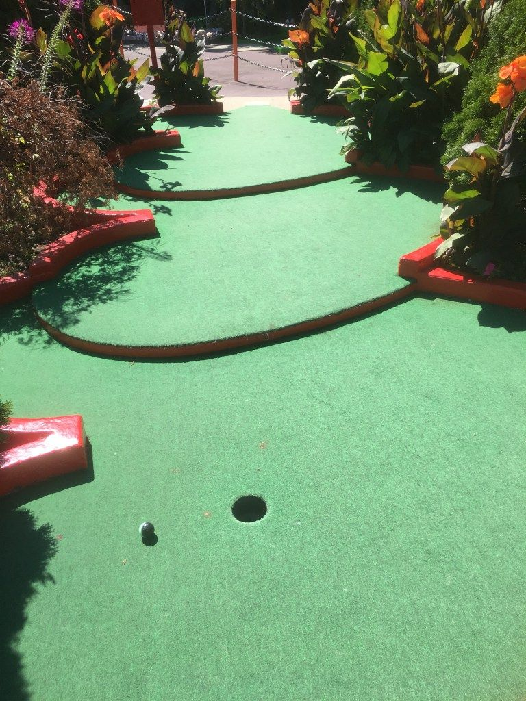 Par King Skill Golf Red Course Hole 16 Golf Courses Mini Golf Mini Golf Course