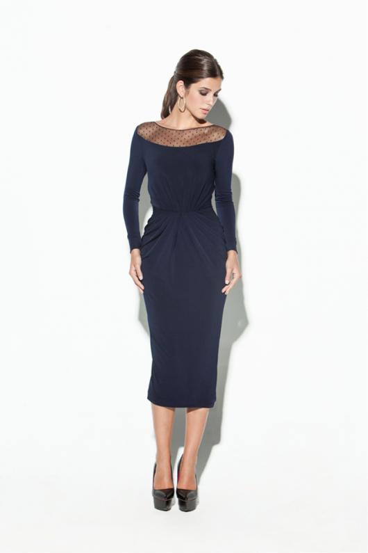 256ebe555 Vestido azul marino por debajo de la rodilla de Colour Nude. Con  transparencias en los hombros.