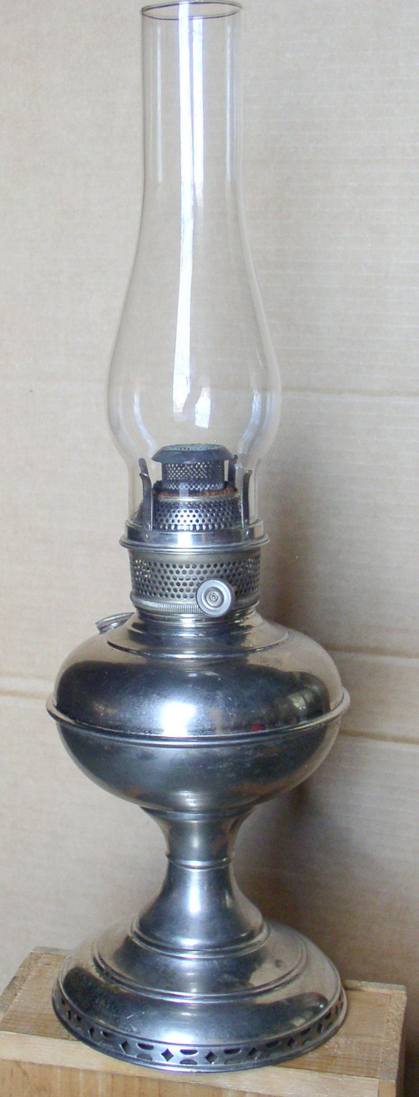 Plume Atwood 1 Naugatuck Antique Oil Lamps Pinterest Vintage 193039s Ge Table Fan Needs Rewiring Fans And Etsy Apothecary Lanterns