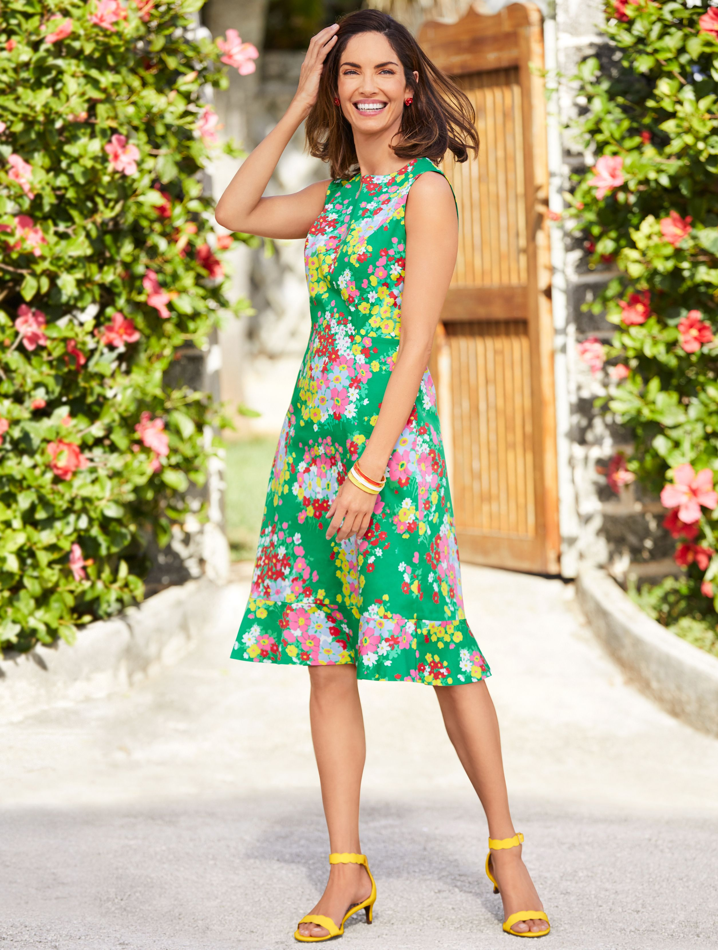 Nothing Says Springtime Like A Lovely Floral Dress Charming And Colorful Wear It Anywhere You Want To Fashion Beautiful Summer Dresses Spring Floral Dress [ 3319 x 2509 Pixel ]