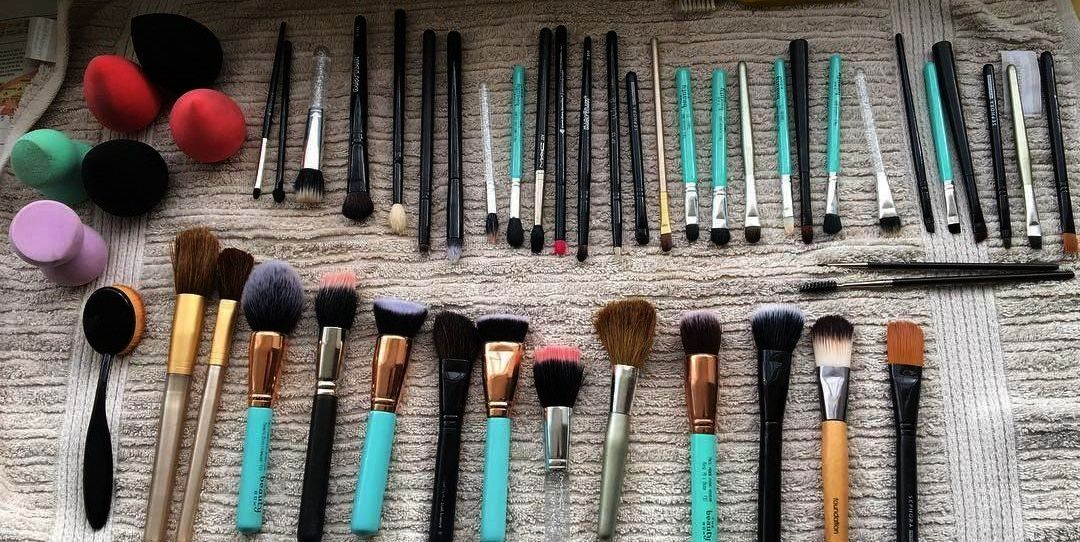 Bar Soap, White, 4 Ounce, 10 Bars - How to Clean Your Makeup Tools, According to the Pros -Dial A