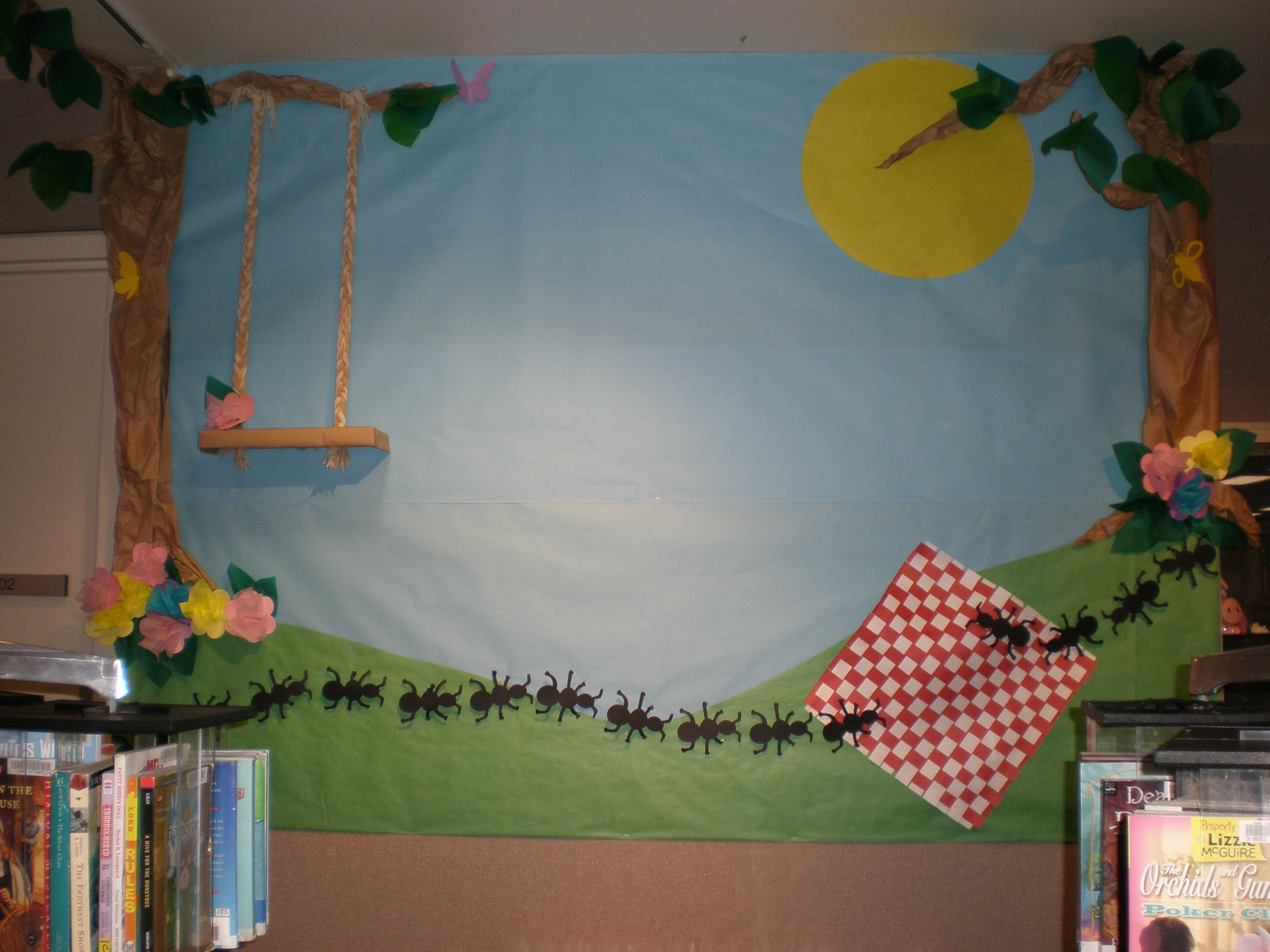 Summer picnic theme reading is delicious at ylpl for Theme board ideas