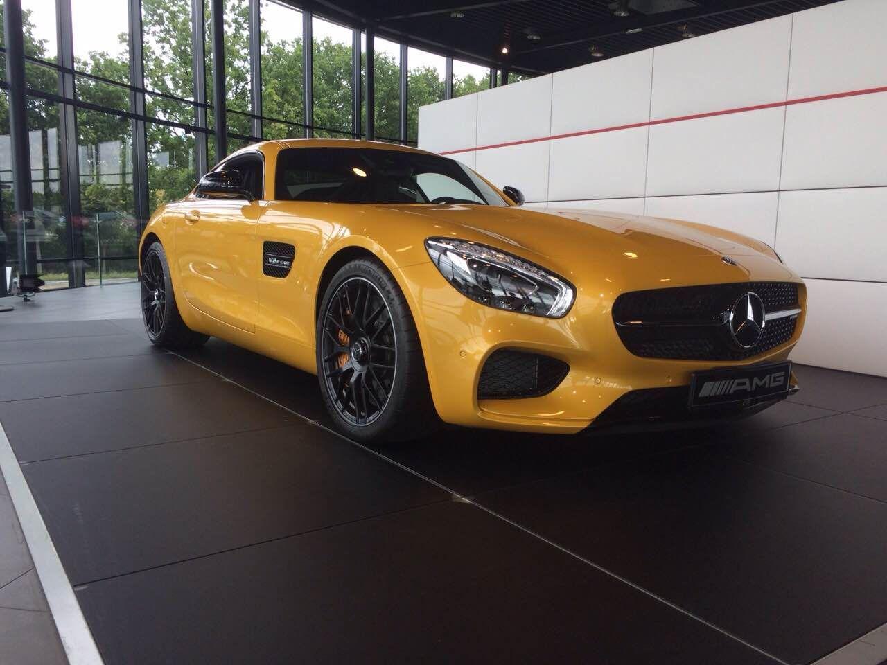 Mercedes AMG GTs Specifications & Information : https://en.wikipedia ...