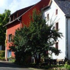 traditionelles, altes Häuschen mit viel GemütlichkeitFerienhaus in Daun von @homeaway! #vacation #rental #travel #homeaway