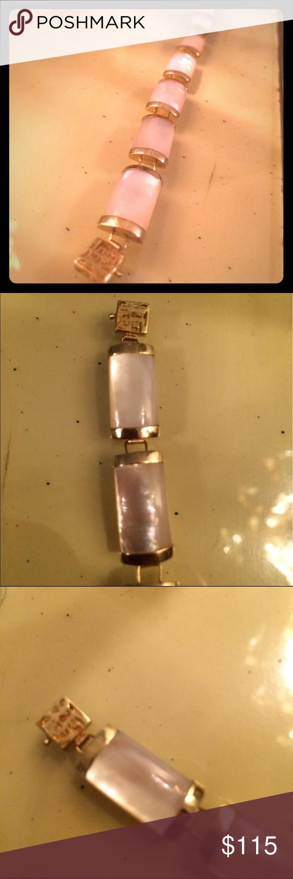 Vintage 14k gold white jade chinese bracelet beautiful white vintage 14k gold white jade chinese bracelet beautiful white stones with a chinese symbol clasp and buycottarizona