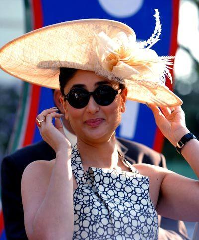 2e33d67b58d Pin by Sunglasses India on Kareena Kapoor Wearing Sunglasses