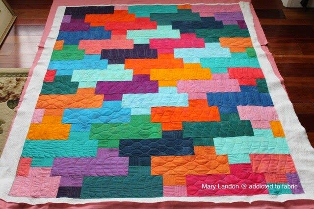 addicted-to-fabric: Modern Quilting