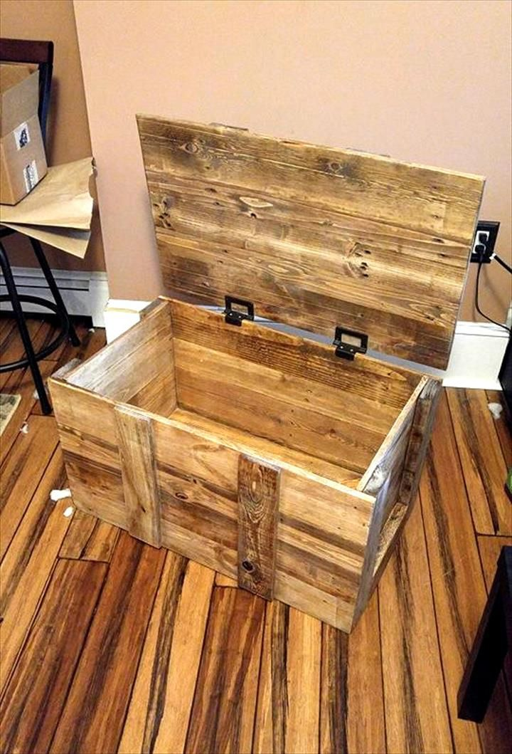 Pallet Toy Chest for Kids Woodworking projects for kids