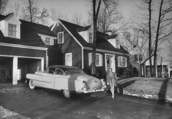 Suburban life in 50s | Suburbs, Suburban, Old houses  1950s Suburban Homes