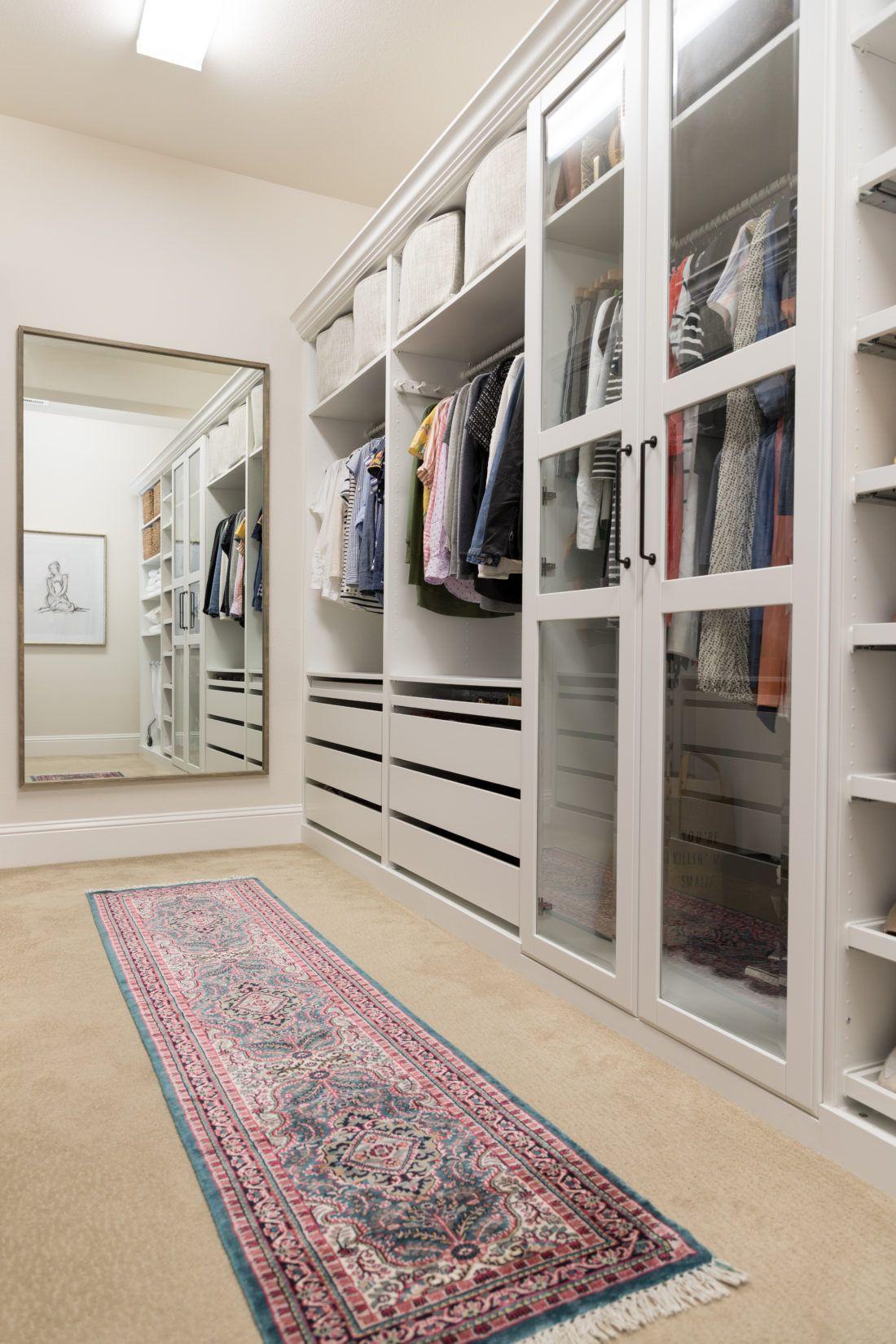 Walk In Closet Makeover With Ikea Pax Schlafzimmer Schrank Ideen