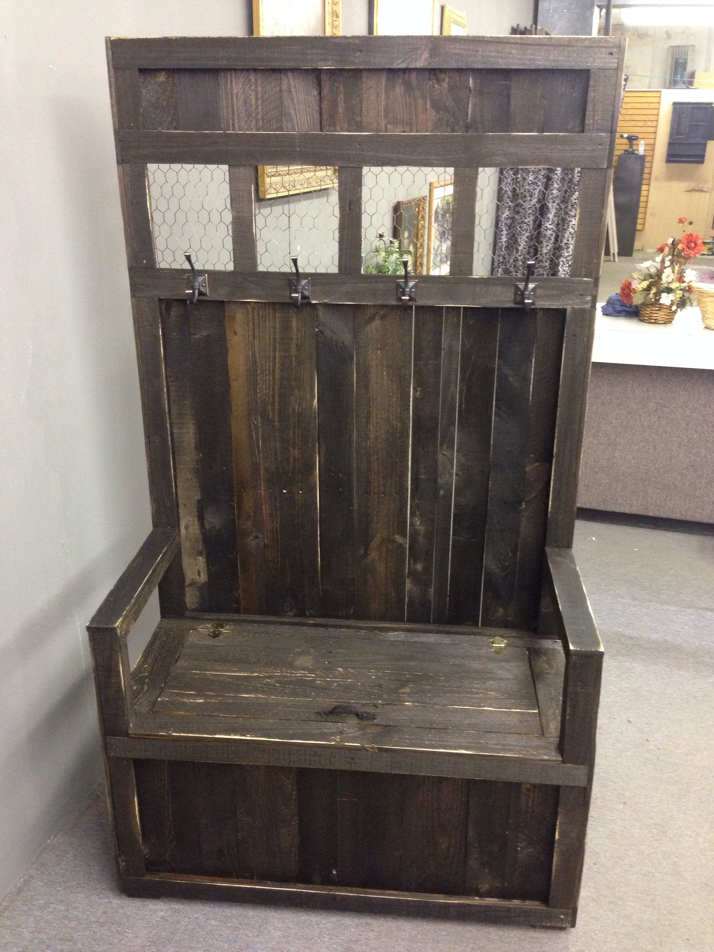 Foyer Tree Furniture : Coffee been hall tree made of pallets i did things ve