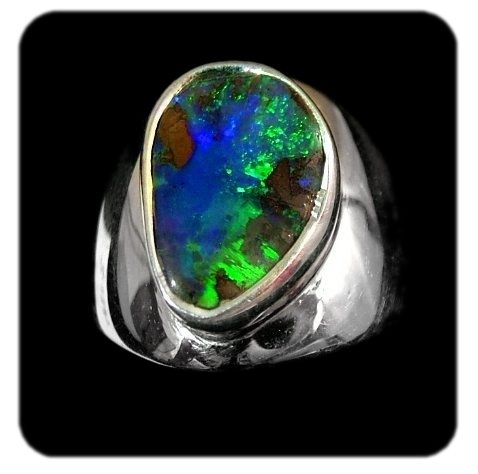 Brilliant green blue flashes mixed with earthy browns from the Western Queensland Opal fields, Australia. set in silver. Ref code: 5414. Opal ring - suit ladies or gents fashion jewelry (jewellery)