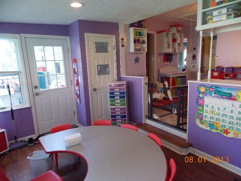 Daycare setup daycare pinterest daycare setup for Family room setup ideas