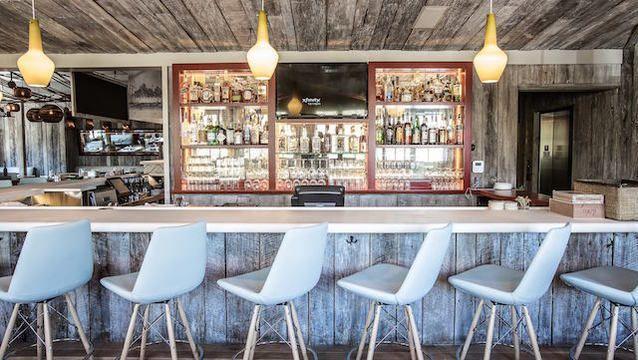 Pin By Jocelyn Whitaker On Charleston Southern Restaurant Oyster House Seaside Restaurant
