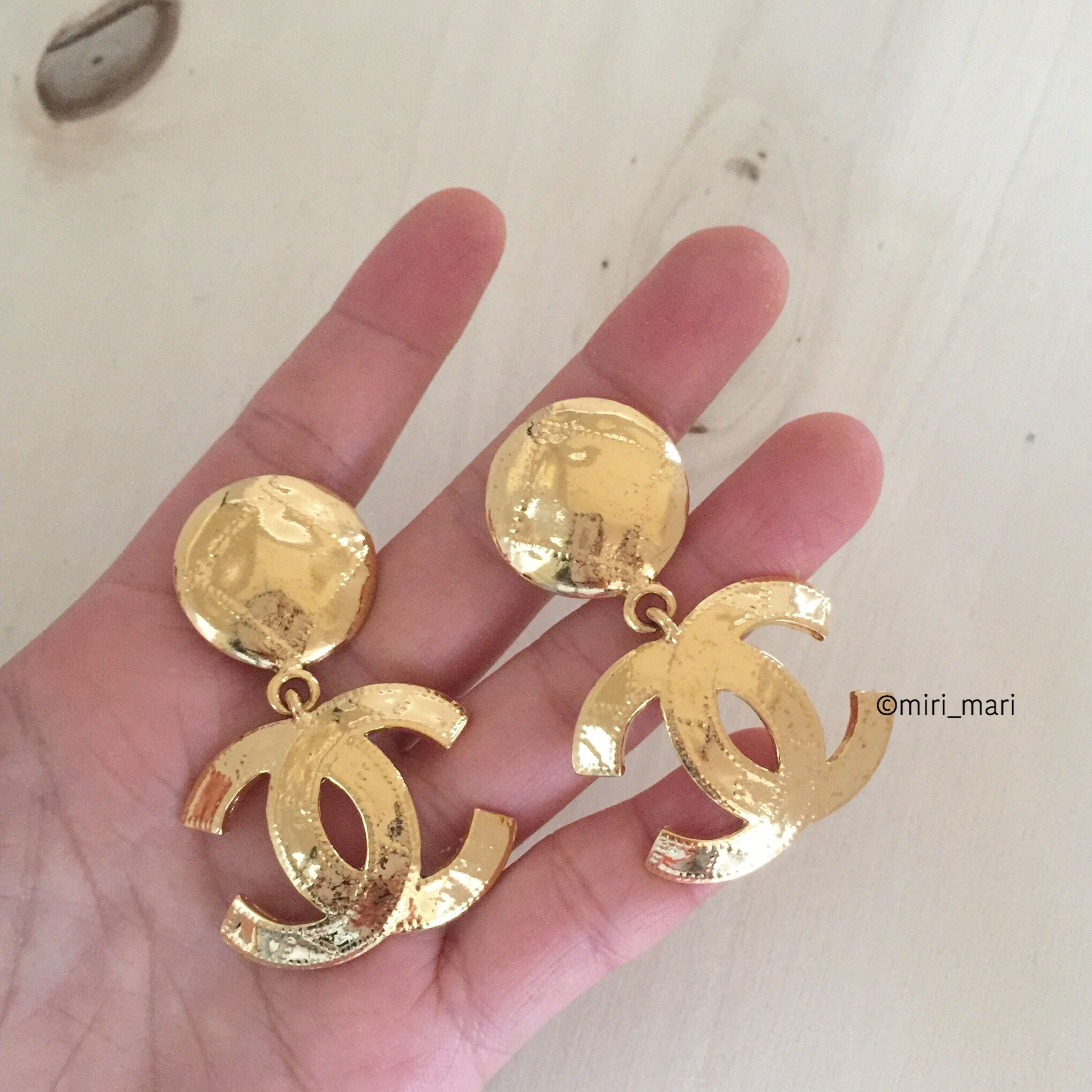 Vintage CHANEL CC Logo Dangle Earrings (With images