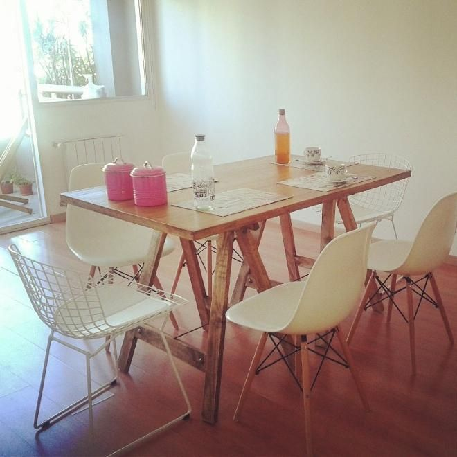 mesa con caballetes pinky