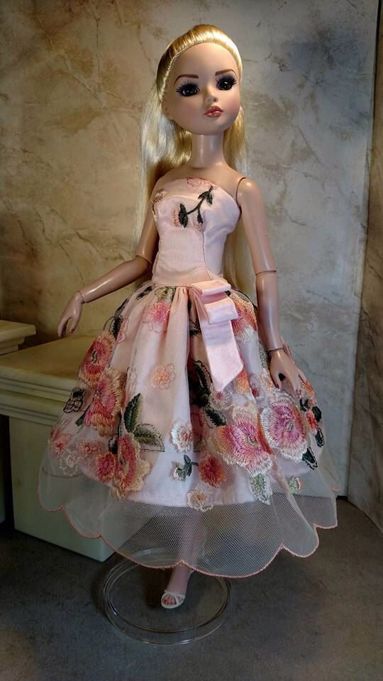 Soft as a Flower Petal fits Ellowyne Wilde by GinOCouture on Etsy https://www.etsy.com/listing/250343077/soft-as-a-flower-petal-fits-ellowyne