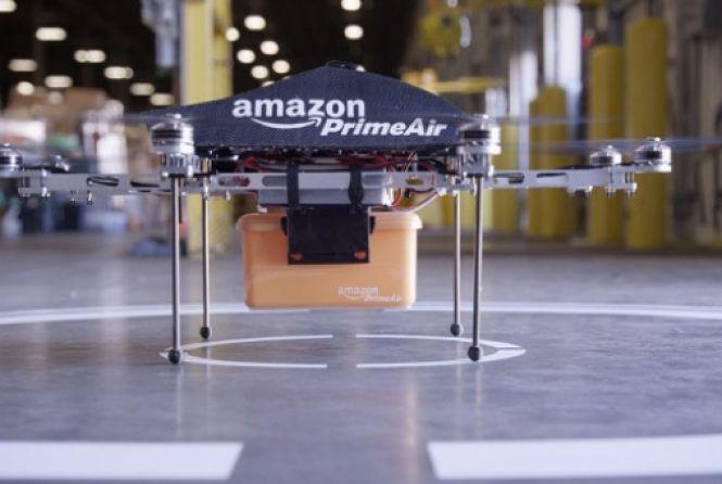 """Olá a todos! A  Amazon pretende fazer a entrega de suas mercadorias em até meia hora com ajuda de drones. A declaração foi feita pelo presidente-executivo, Jeff Bezos, durante entrevista ao programa de televisão """"60 Minutes"""", da CBS.  A empresa pretende usar octocópteros. Por ser elétrica, a frota de drones também será mais ecológica. O sistema poderá ser usado em 86% dos pacotes que a Amazon entrega. #atendimento #cliente #consumidor #RBVconsultoria"""