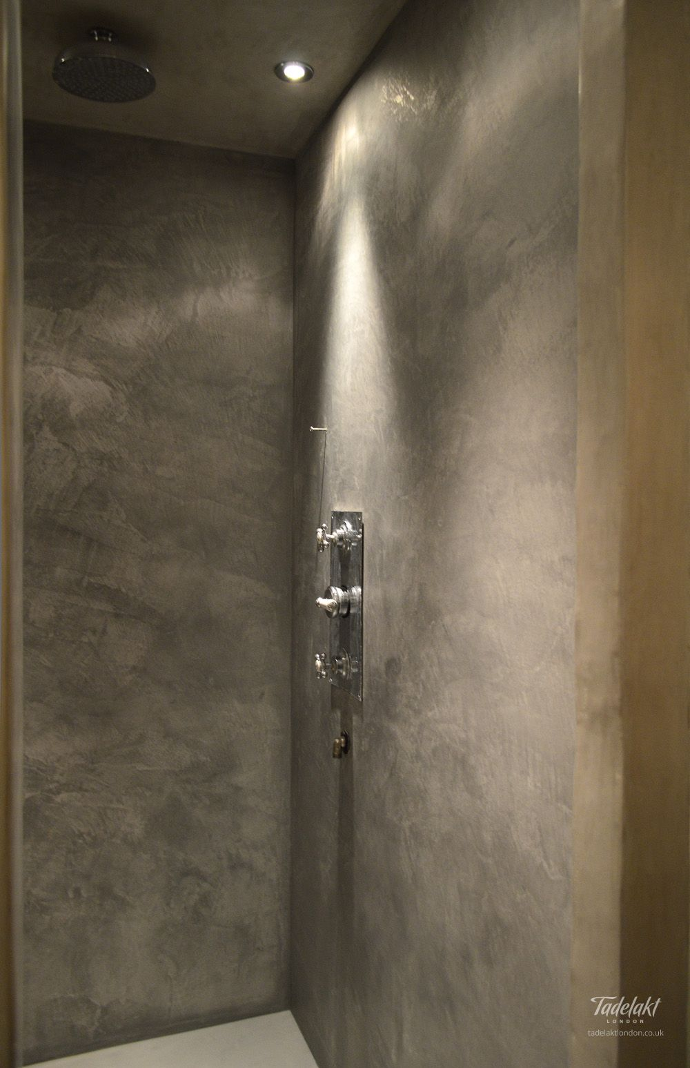 Beautiful Grey Waterproof Flooring Ideas For Living Room: Tadelakt_Soft_Gray_Enclosure_02 Polished Plaster In Shower