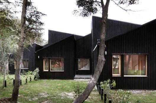 CLF Houses / Estudio BaBO | ArchDaily