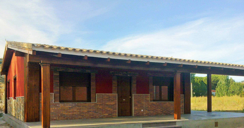 Casa prefabricada de hormigon modelo claudia otro ejemplo for Exterior de casas