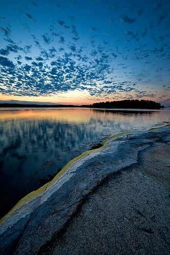 Stockholm Archipelago 10 by CalleHoglund, via Flickr