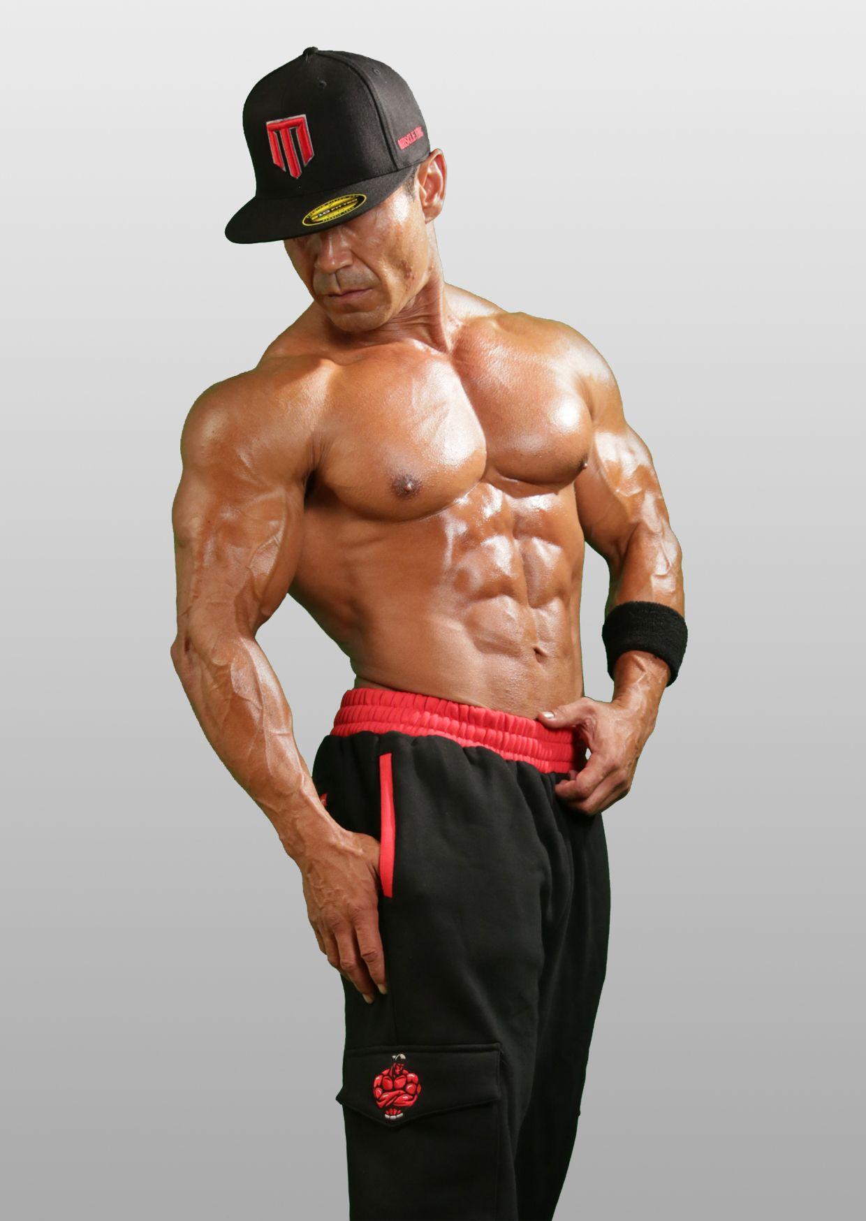 Sexy muscular thugs