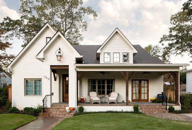 White Brick Farmhouse White Brick Farmhouse The Square Footage Of This Farmhouse Is Around 4000 Sf Modern Farmhouse Exterior Brick Farmhouse House Exterior
