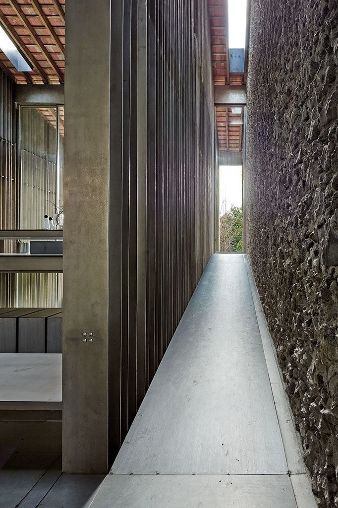 Olot girona spain entremuros house rcr arquitectes for Arquitectes girona