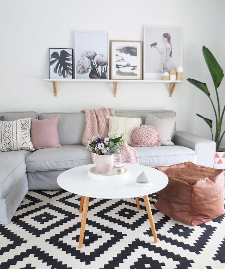 Couleurs: gris rose blanc noir bois clair | Family/ living room ...