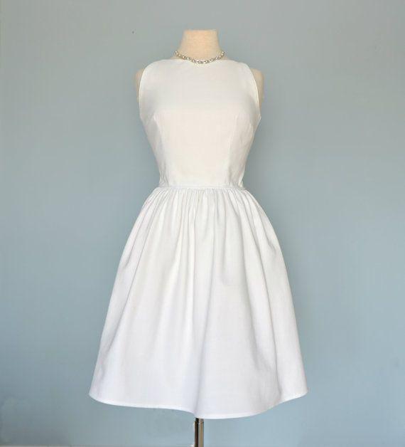 Vintage 1960s Summer DressJONATHAN LOGAN White Cotton Pique Wedding Dress Party Medium