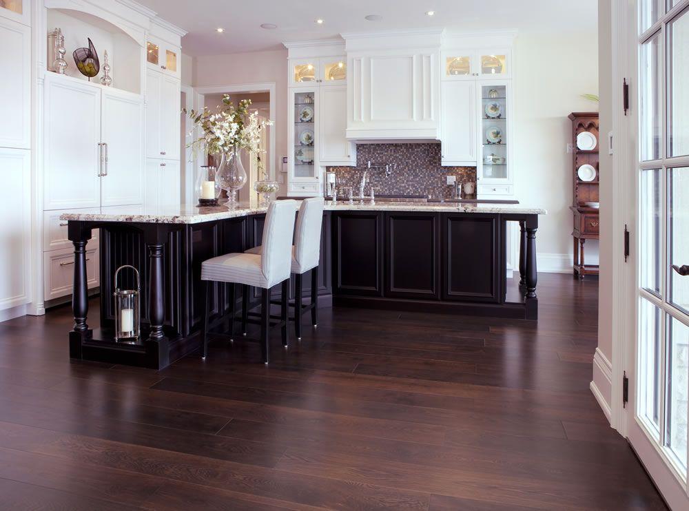 Muskoka's Solid Sawn White Oak Aged in a kitchen setting