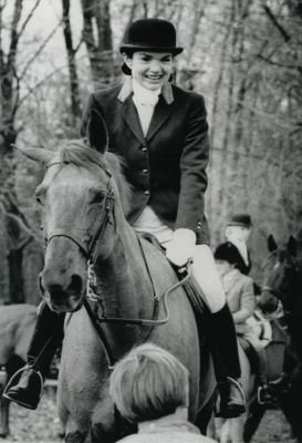Jacqueline Kennedy Onassis in a fox hunt at the Essex Hunt Club Bedminster,New Jersey on Thanksgiving Day, November 25, 1976