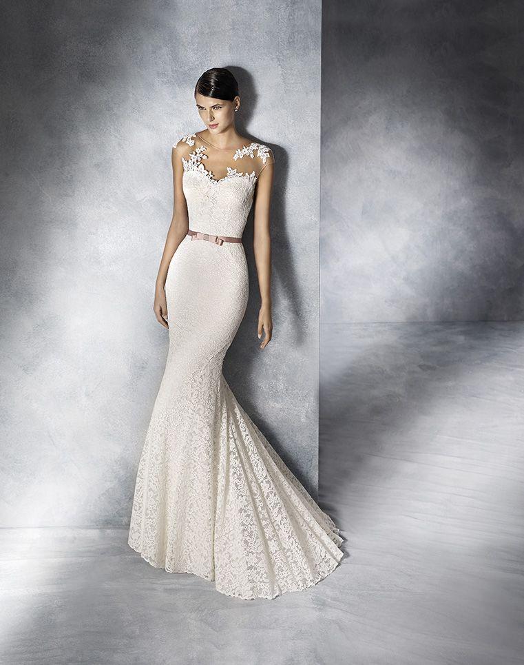 white one 2016 designer wedding gown jesolo wedding boutique pinterest tattoo spitze. Black Bedroom Furniture Sets. Home Design Ideas
