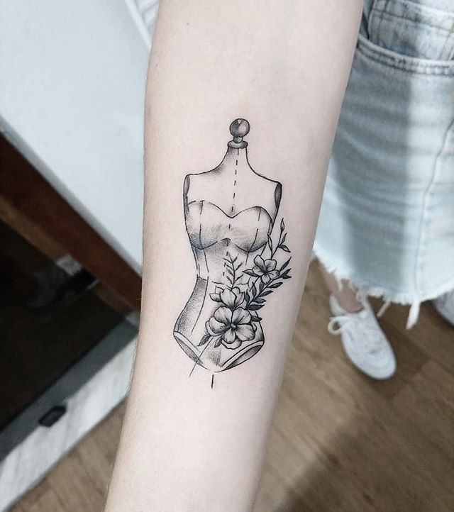 Find The Tattoo Artist And The Perfect Inspiration For Your Tattoo Find The Tattoo Artist And The Perfect Inspiration For Your Tatt Sewing Tattoos Tattoo Skin Delicate Tattoo