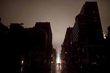 Sandy, New York al buio