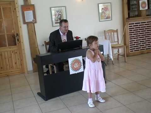 das enkelkind singt für omas 70. geburtstag - youtube   gedicht oma geburtstag, geburtstag