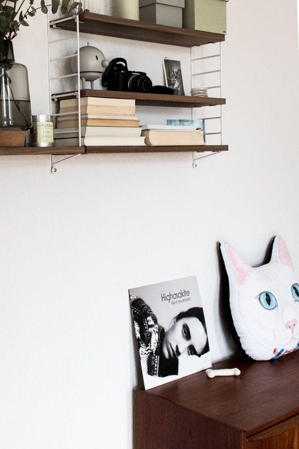 Neue Kategorie Katzenbesitzer Und Ihr Zuhause Die Homestory Mit Lieblingsmadchen Zuhause Schone Wohnungen Wohnzimmer Modern